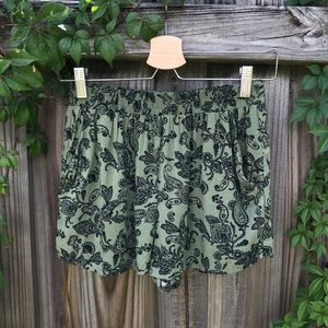FOREVER 21 | SHORTS SIZE M
